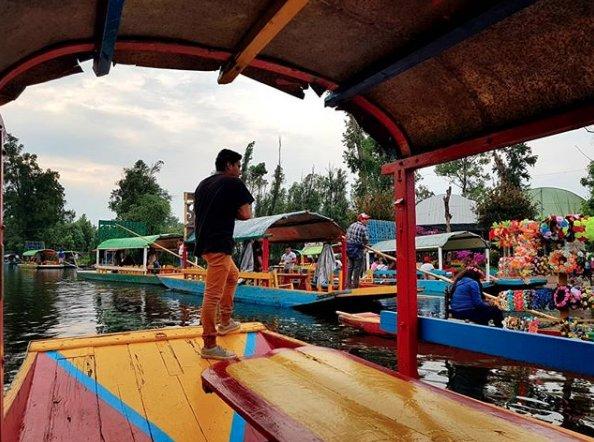 Xochimilco: Todo México en una balsa