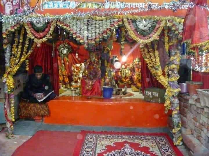 altares oracioón india